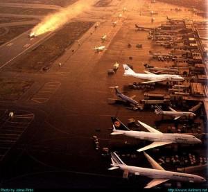 """Aeropuerto Internacional de Ciudad de México """"Benito Juárez"""""""