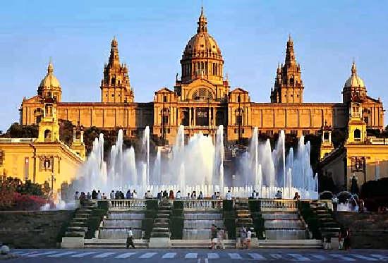 Que hacer en Barcelona, lugares que visitar y a dónde ir