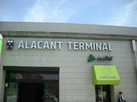 trenes en Alicante