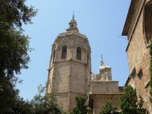 torre del campanario de la catedral