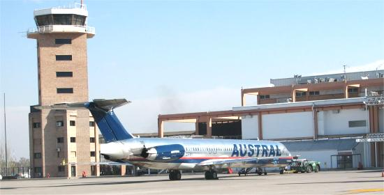 Aeropuerto internacional de Mendoza,  El Plumerillo. Horarios en tiempo real de vuelos