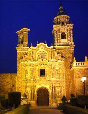 Templo de San Francisco Acatepec, Puebla