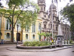 800px-plazuela_san_ignacio-medellin-colombia