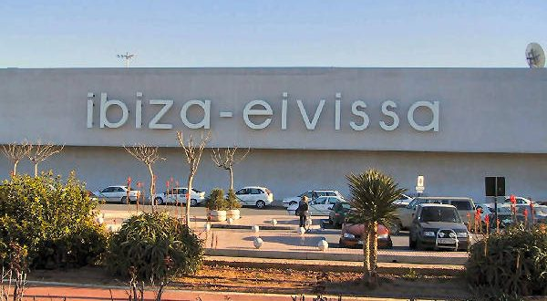 Salidas y Llegadas al Aeropuerto de Ibiza